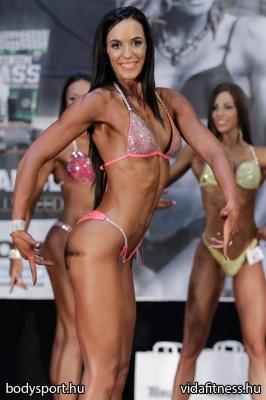 Fitness modell 165 cm felett_48