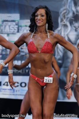 Fitness modell 165 cm felett_107