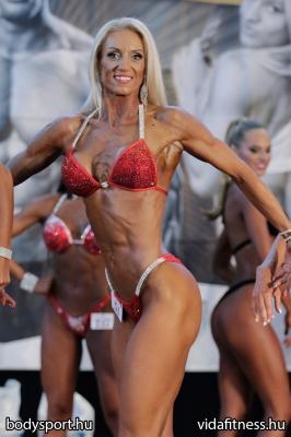 Fitness modell 165 cm felett_14