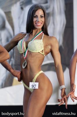 Fitness modell 165 cm felett_223