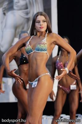 Fitness modell 165 cm felett_28