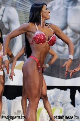 Fitness modell 165 cm felett_46