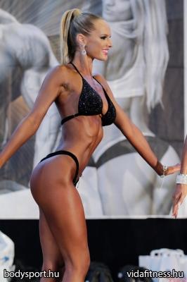 Fitness modell 165 cm felett_47