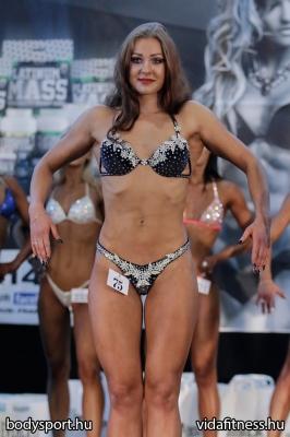 Fitness modell 165 cm felett_4